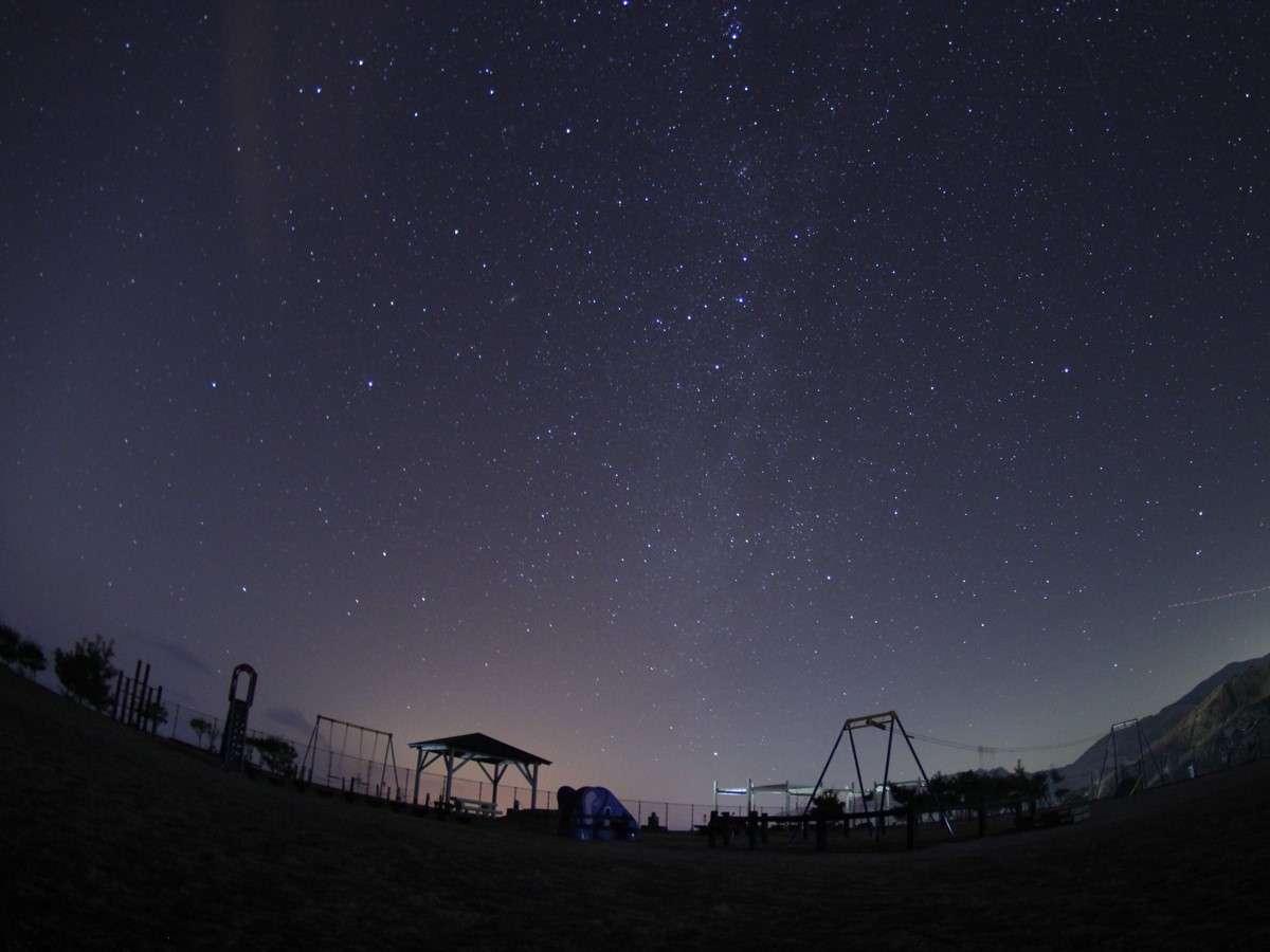 *よたね 星空写真/提供:藤井智久