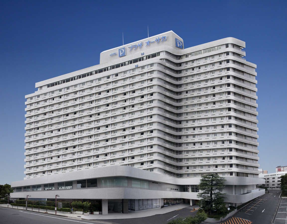 淀川を眼下に見下ろす653室の大型シティホテルです