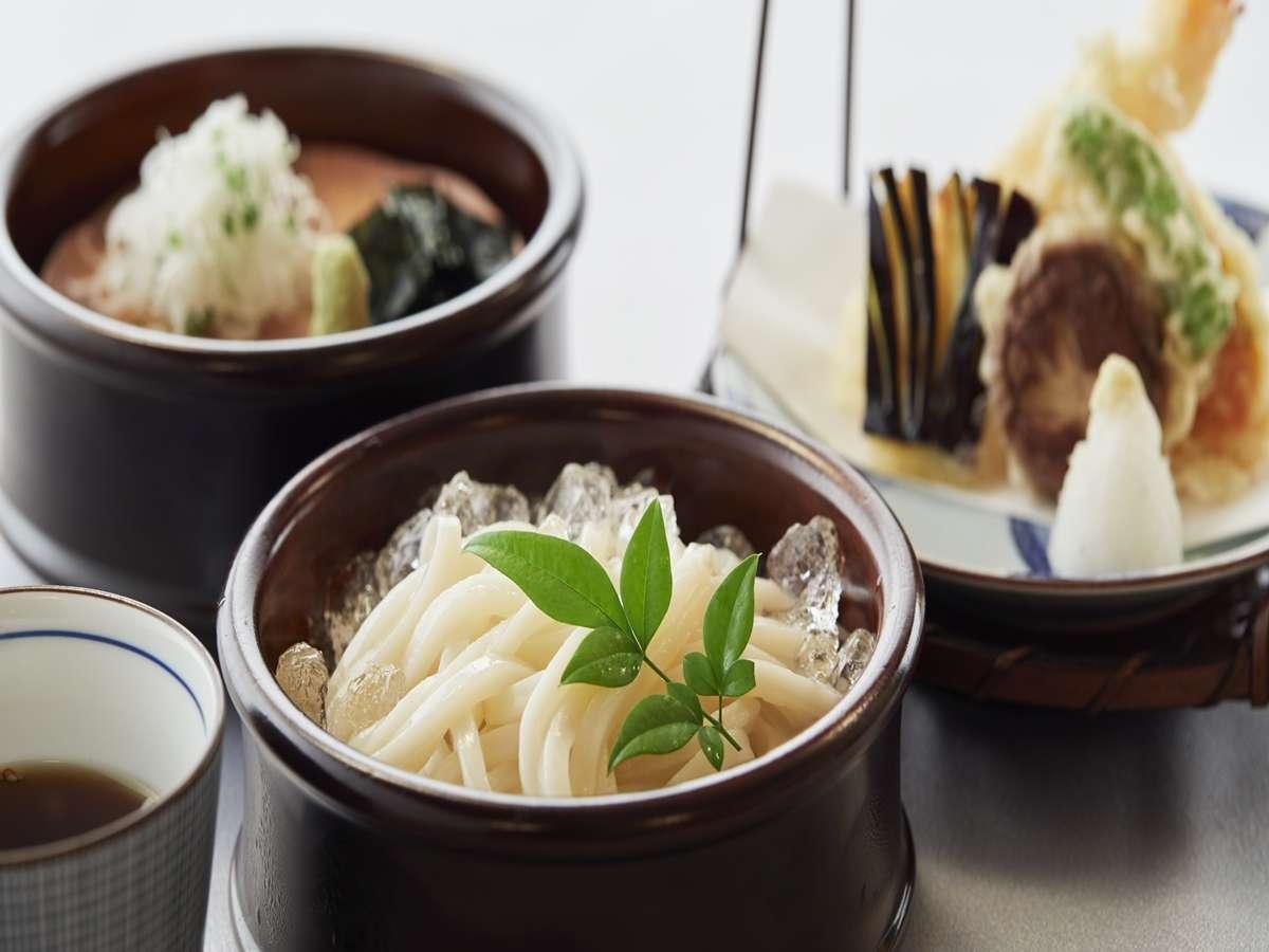 日本料理-季節「夏」のおすすめ料理イメージ。季節やフェア内容によって内容は異なります。