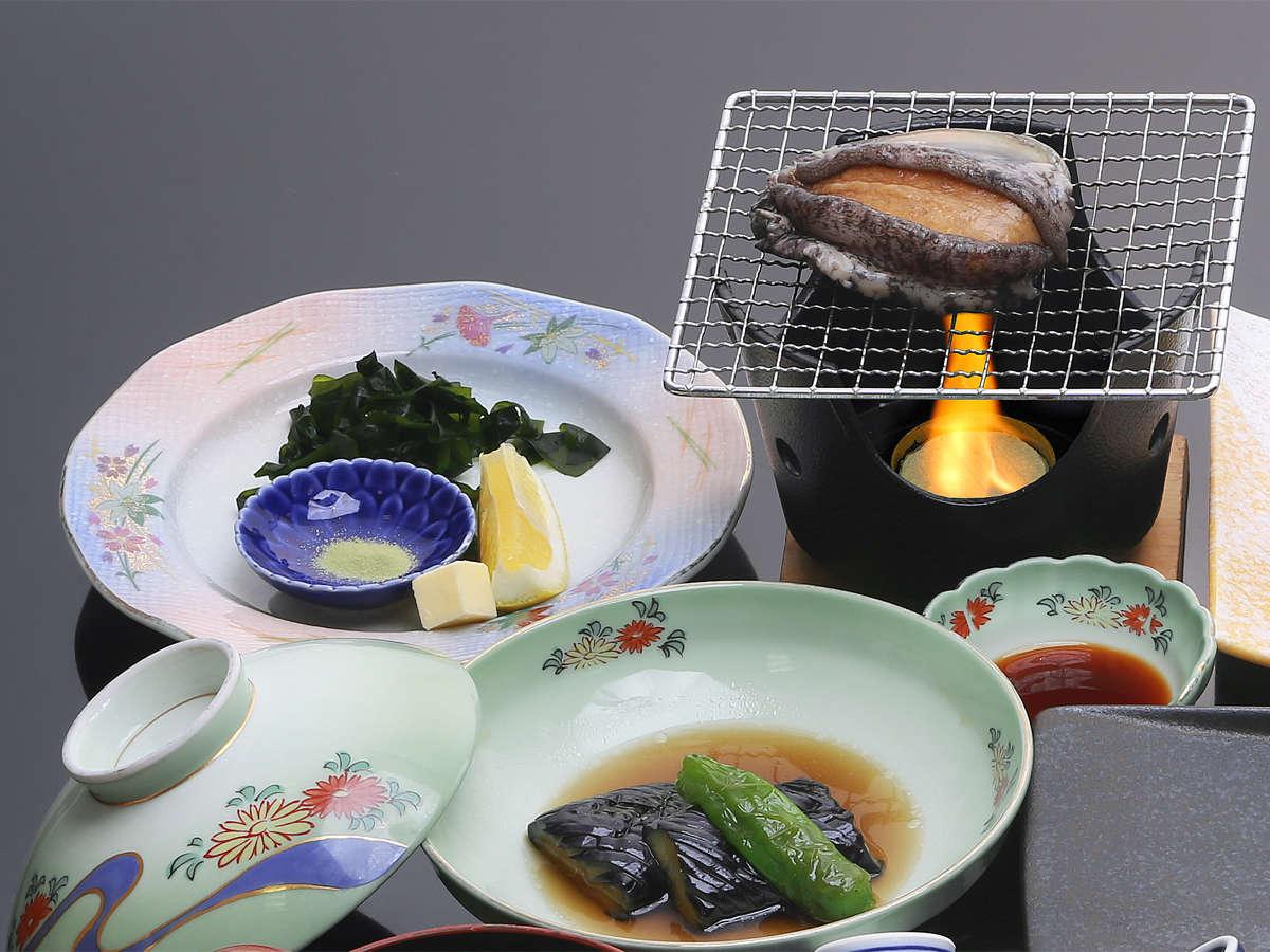 *生ウニ・アワビ和食膳(2019)