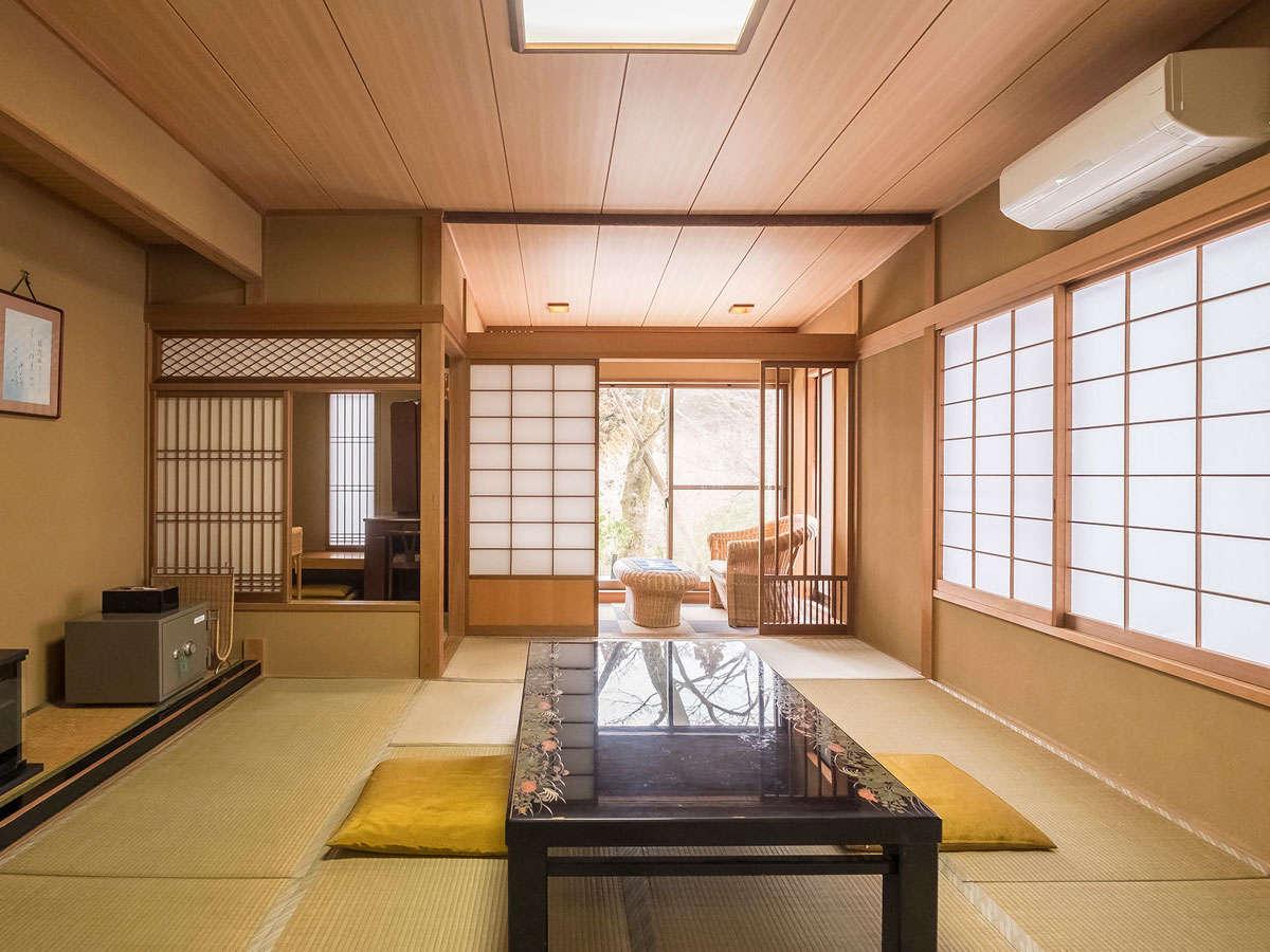*客室一例。趣ある雰囲気で、ゆったりとした時間が流れます。