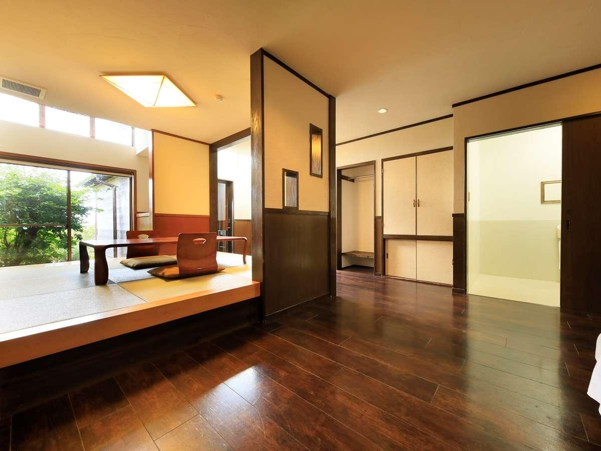 露天風呂付き客室(B-2)|室内は広く、車椅子も大歓迎です。