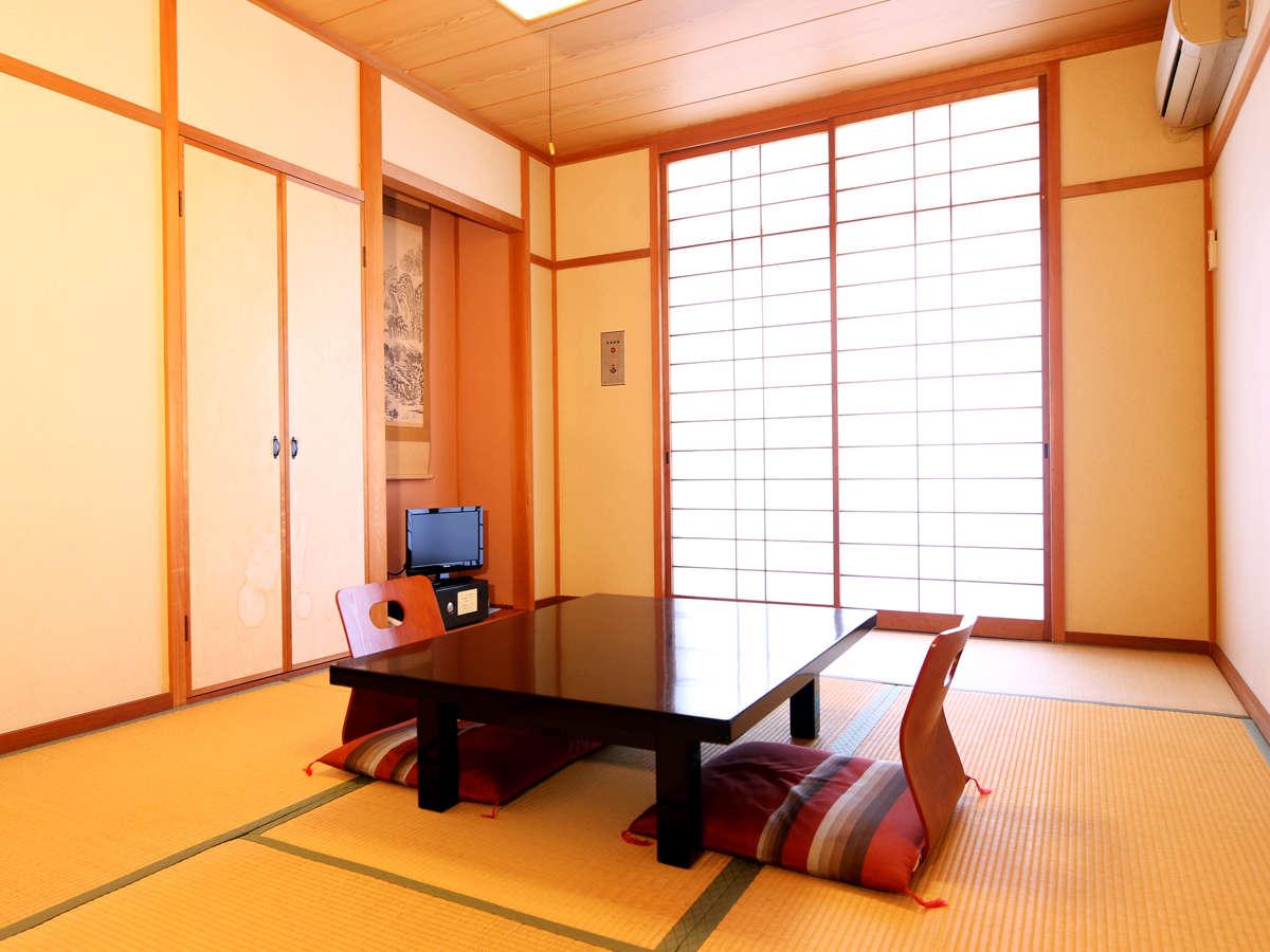 【和室】のんびりとお寛ぎいただける和室となっております。