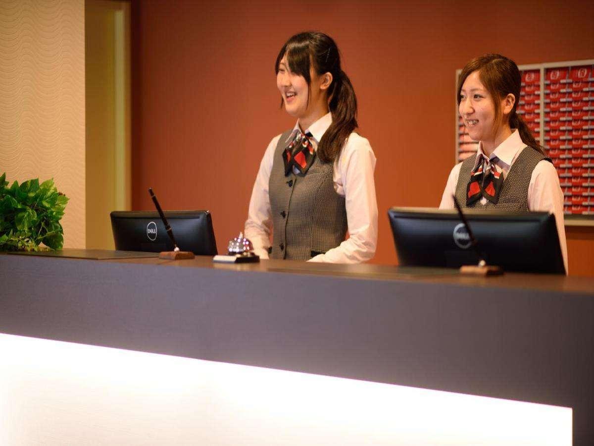 笑顔溢れるスタッフがお出迎えいたします♪