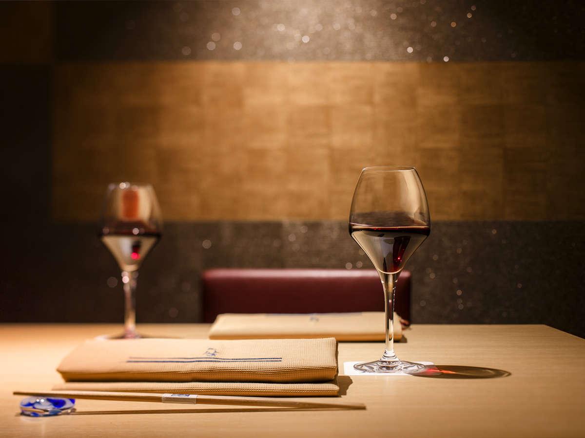 【Blue Seasons】寿司会席によく合うワインもご用意しております。
