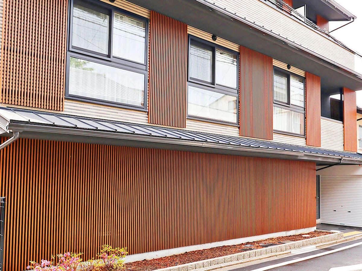 ・【ホテル外観】東山エリアの観光に便利
