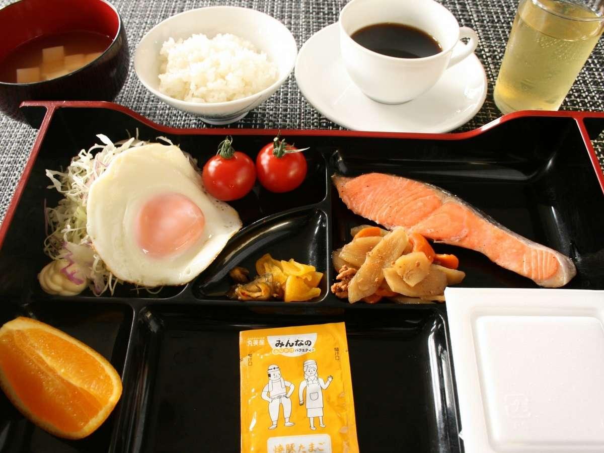 手作りの朝食メニューは地元で手に入る食材を極力使用しています。