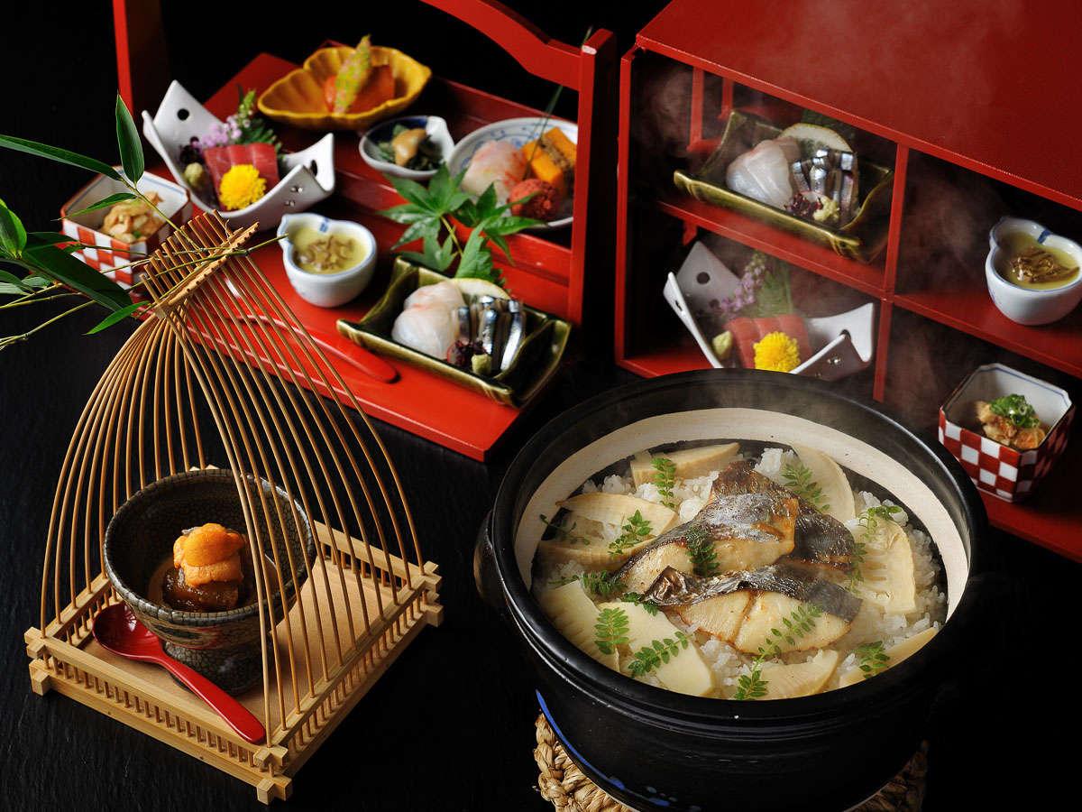 【季節の会席】旬の食材を楽しむ和会席。伝統工芸品「薩摩焼」や意匠を凝らした器と共にお楽しみください。