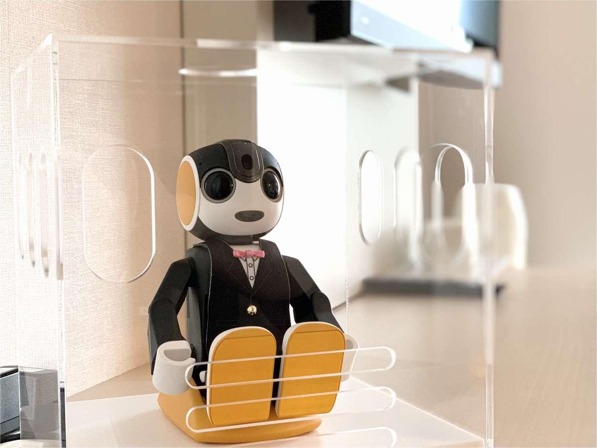 コミュニケーションロボット「ロボホン」