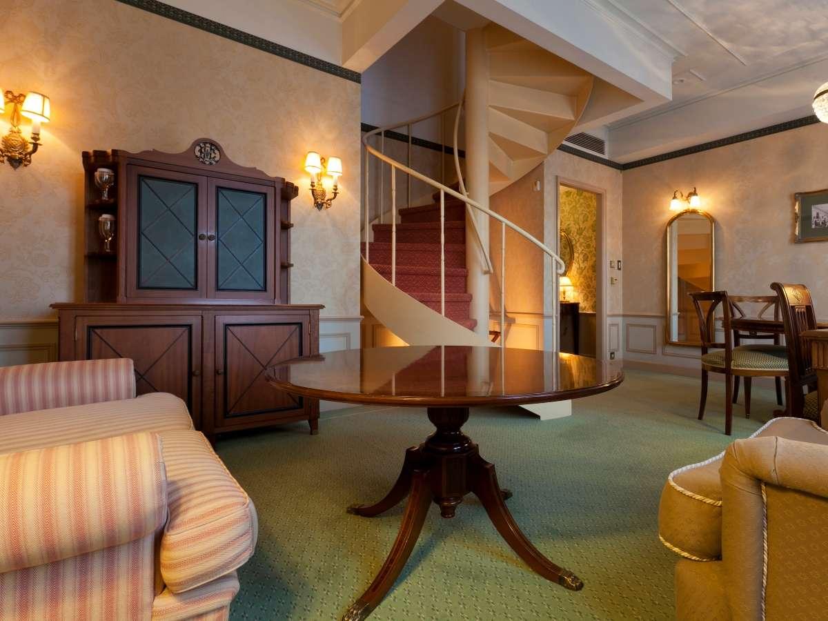ベッドが4台あるフォースタイプもあり、ご家族やグループでの宿泊にぴったりのお部屋もご用意!