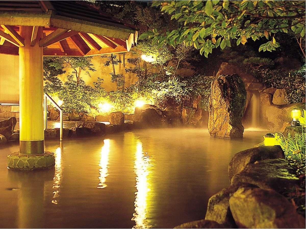 【天然温泉クア・ガーデン】夜の露天風呂で体ポカポカ♪*