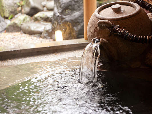日本三大美肌の湯&お茶風呂をご堪能ください