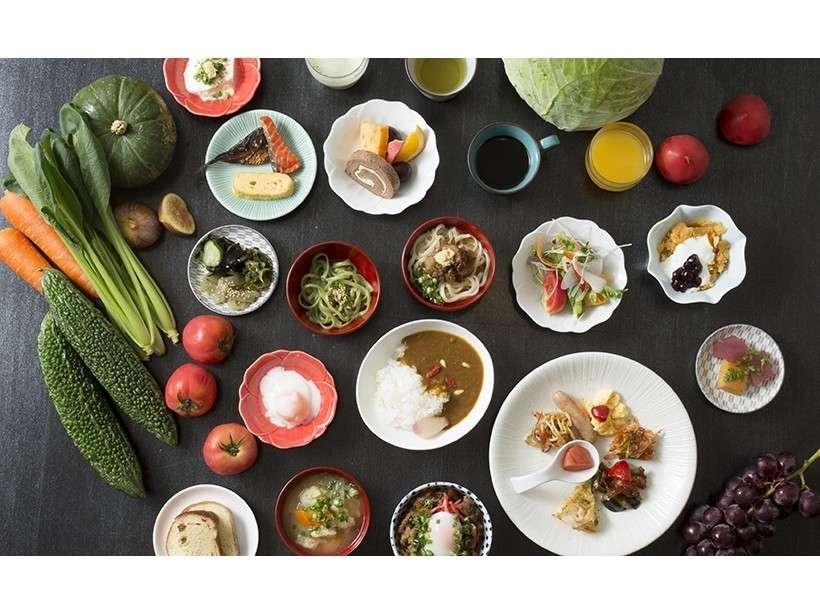 京野菜やおばんざい、旬の恵み豊かな朝食