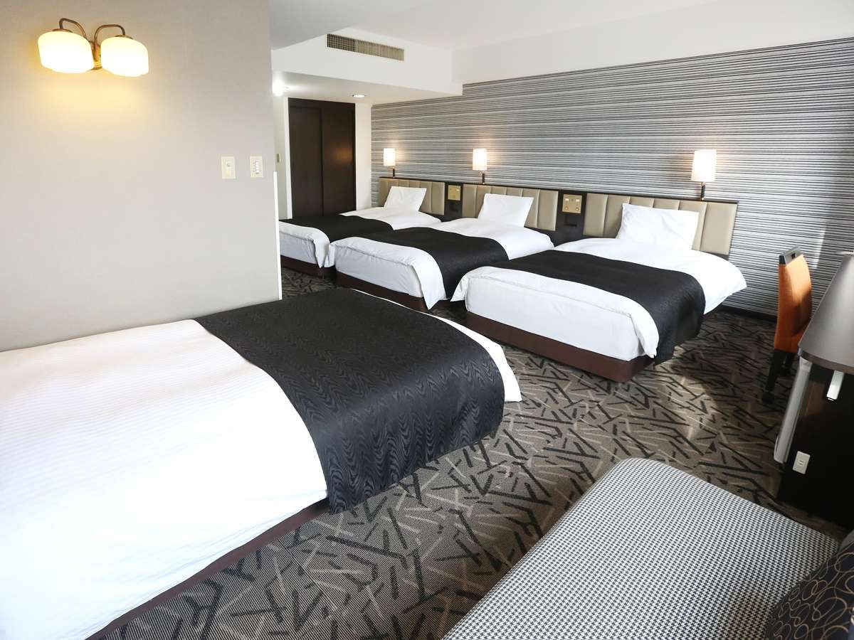 APA HOTEL AND RESORT (SAPPORO)