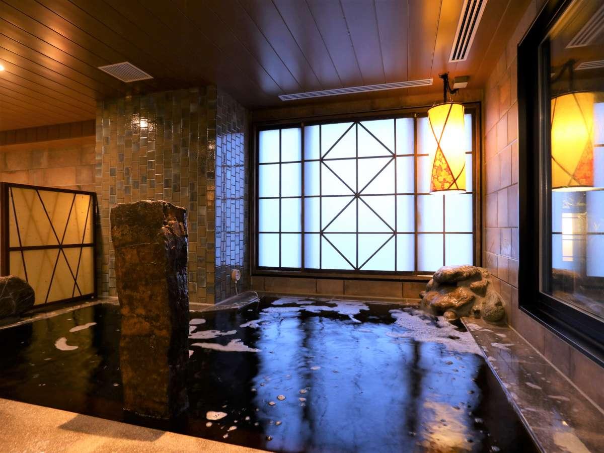 """【""""黒湯""""天然温泉大浴場・女子】内風呂 (湯温:約41℃~42℃)"""