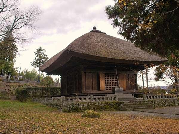 【中禅寺・薬師堂】文化財としても大変貴重。土製の仁王像も大変珍しい