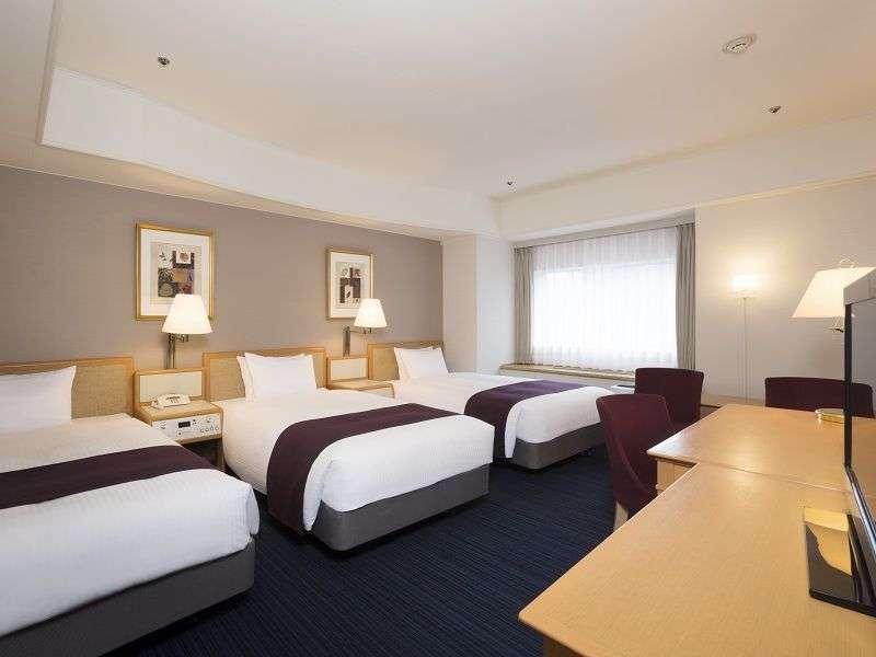 Sapporo Grand Hotel Quadruple Room