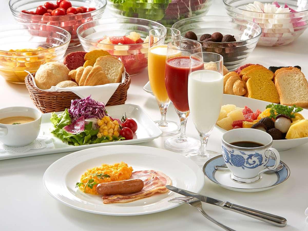 洋朝食(一例)/ハーフブュッフェスタイル 卵料理はお好みでセレクト