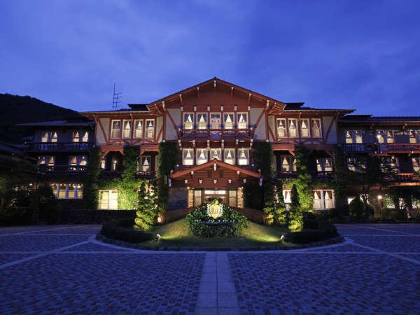 【外観】スイスシャレー様式のクラシックホテル。