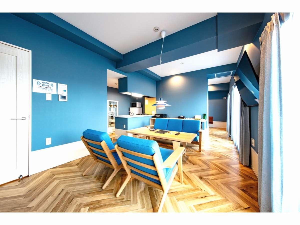 1001号室 爽やかな青を基調としたお部屋です。
