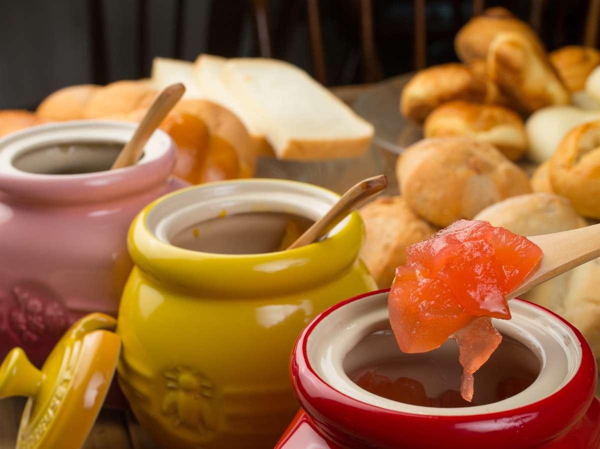朝食ホームメイド手作りジャム♪ベリーやマーマレード・キウイ・リンゴ・ハスカップ・季節ジャムをご用意!