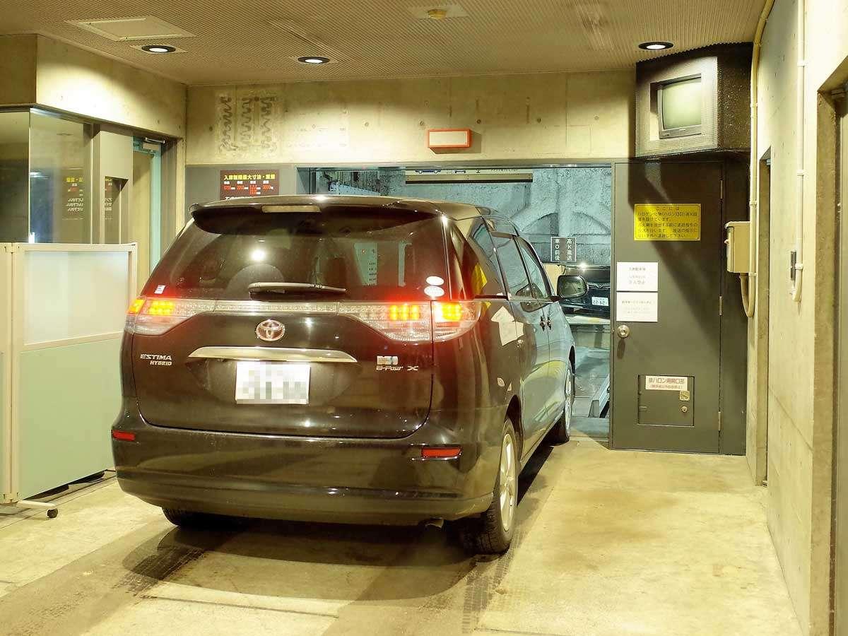 立体駐車場完備(1泊/1,200円) 高さ155cm以上200㎝未満のファミリーカーも入庫可能です♪
