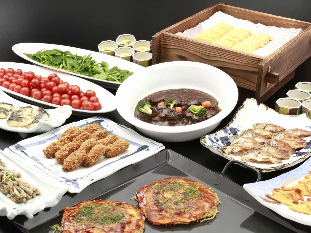 広島の地の食材を活かした、瀬戸内、広島の郷土料理中心の料理をバイキングでご提供致しております。