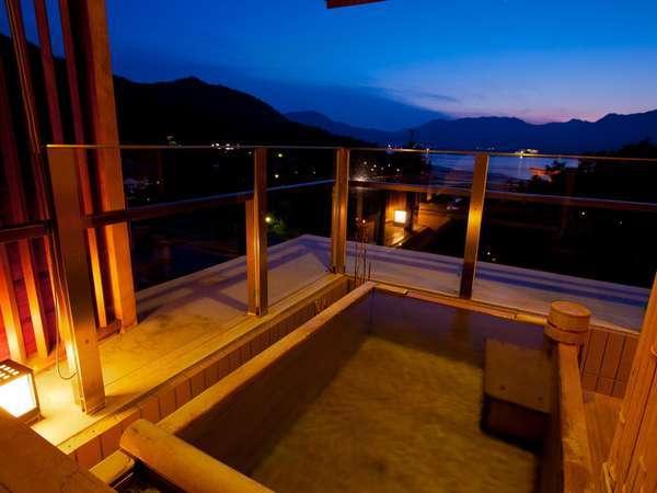 海側露天風呂付き客室露天風呂の一例