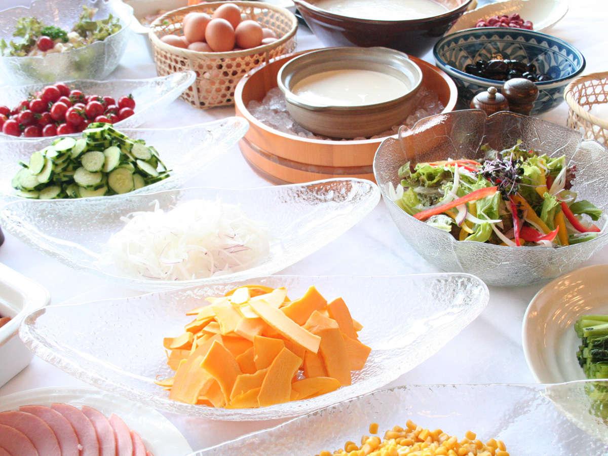 信州の美味しい水で育ったお野菜は、味も濃くておいしいんです。