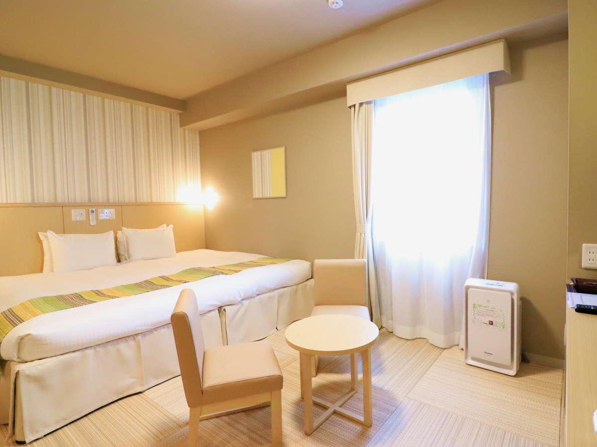 ハリウッドツイン ツインのベッドをつなげれば広々220cm幅のベッドへ♪ お子様連れでも安心