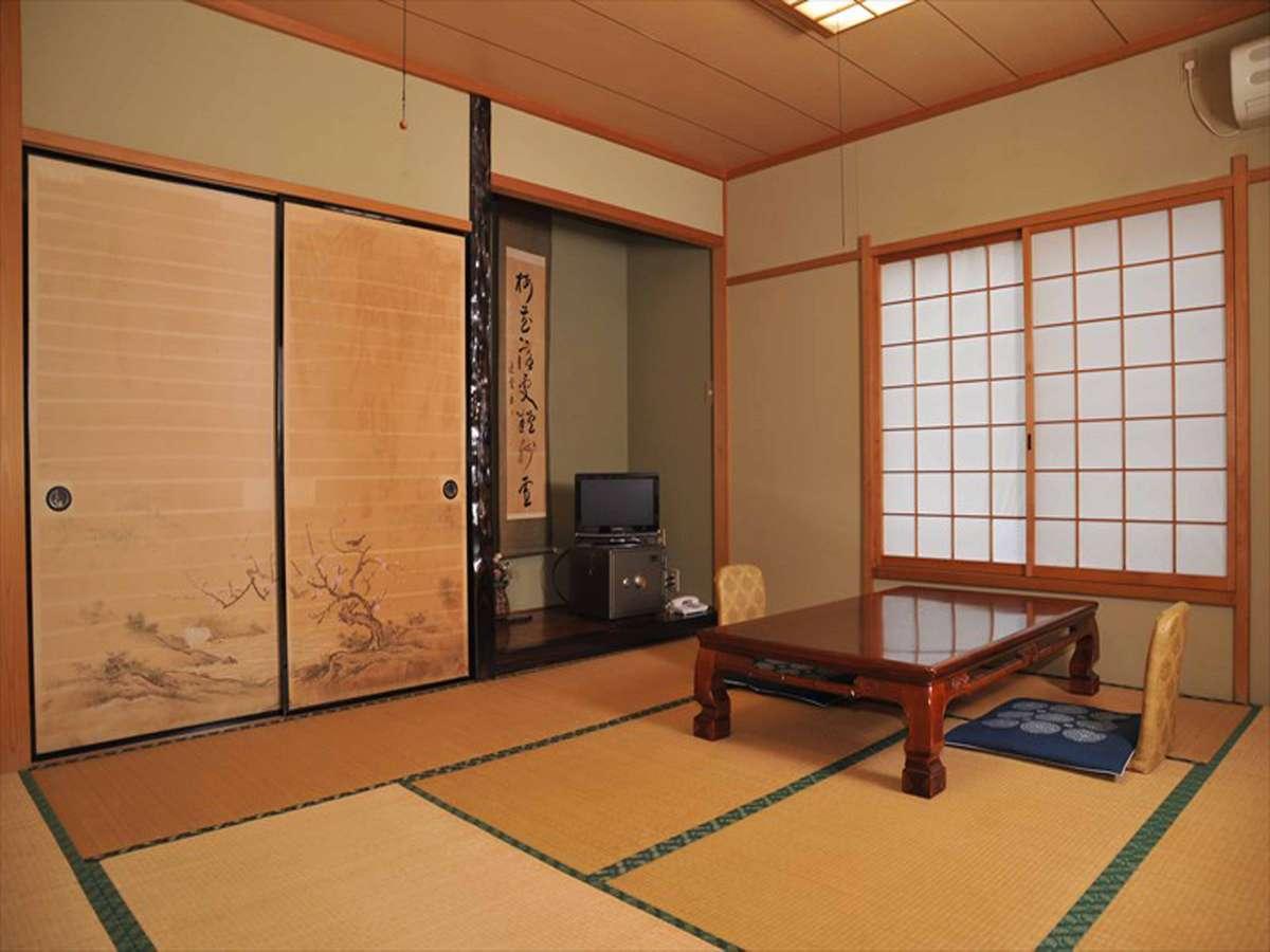*客室(一例)旅の疲れを癒し、どうぞごゆっくりお寛ぎください。