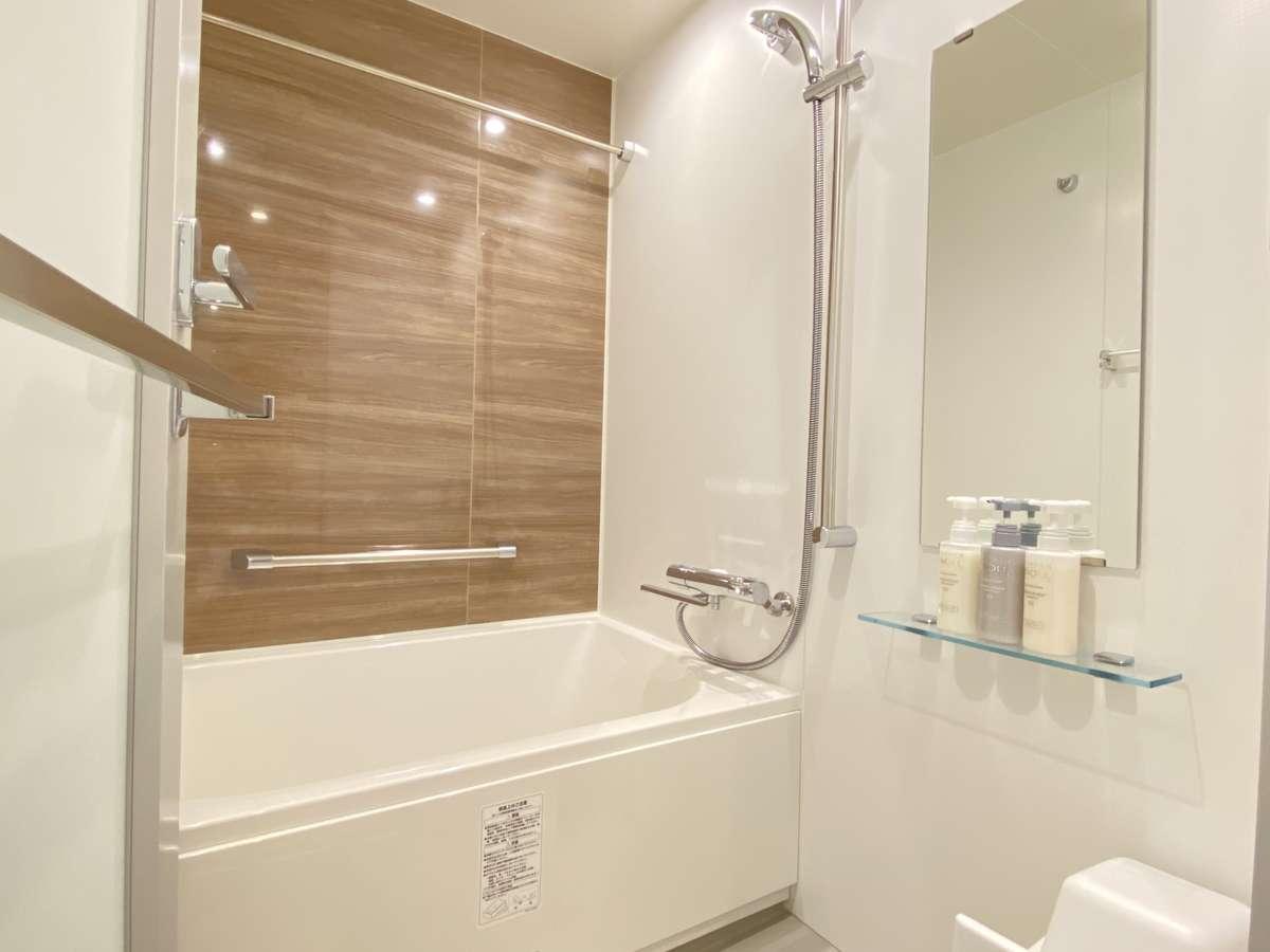 洗い場付きのバスルーム、快適な滞在をお届けいたします。