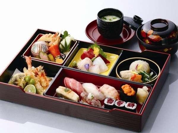 【ルームサービス】福鮨 茶碗蒸し付お弁当