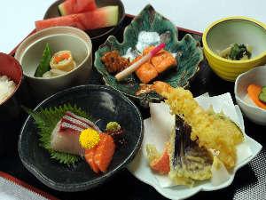 <銀座> 厳選された季節の料理をご堪能下さい。