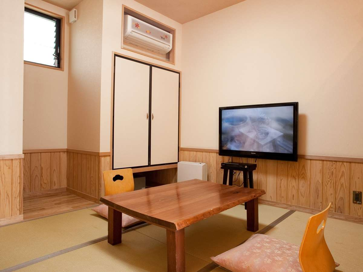 半露天風呂付き2階建和洋室(1F和室)