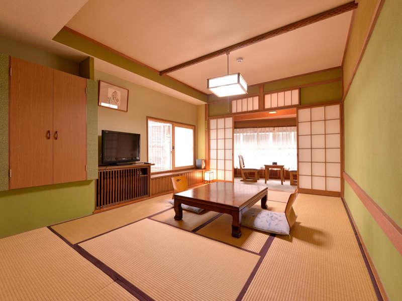*和室10畳(客室一例)/寛ぎ和室で団欒のひと時をお過ごし下さい。無線LANご利用いただけます。