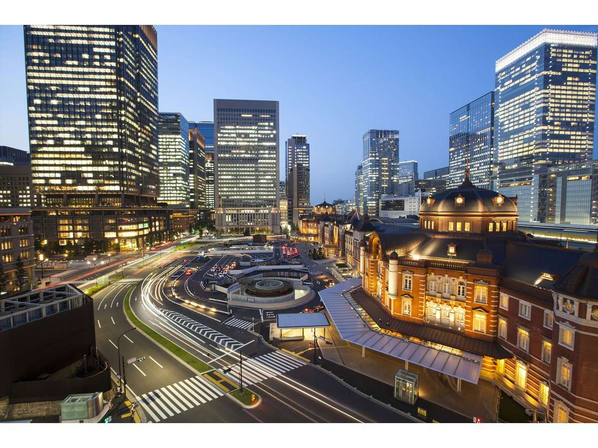 東京駅八重洲中央口から徒歩3分の好立地