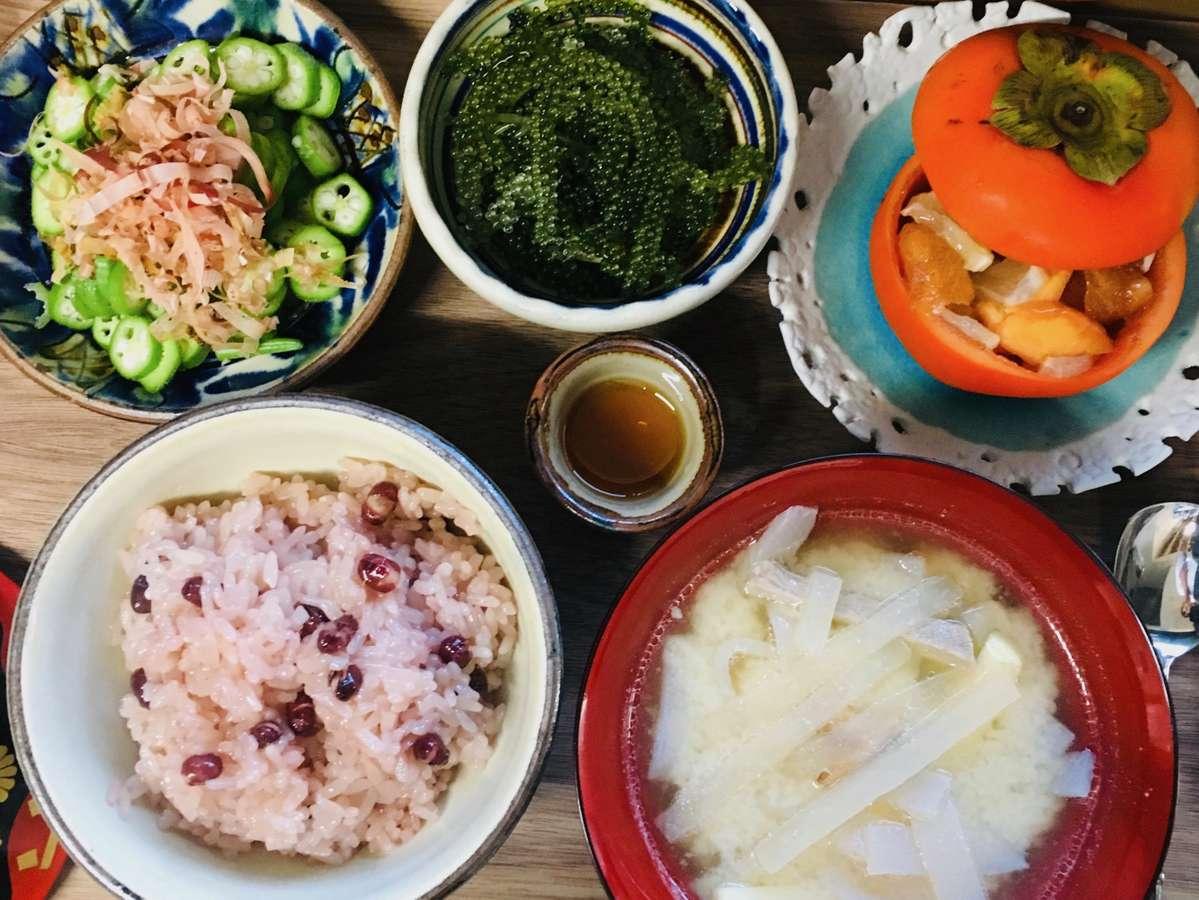 旬の沖縄食材をふんだんにつかった手作りランチです ※季節によってかわります