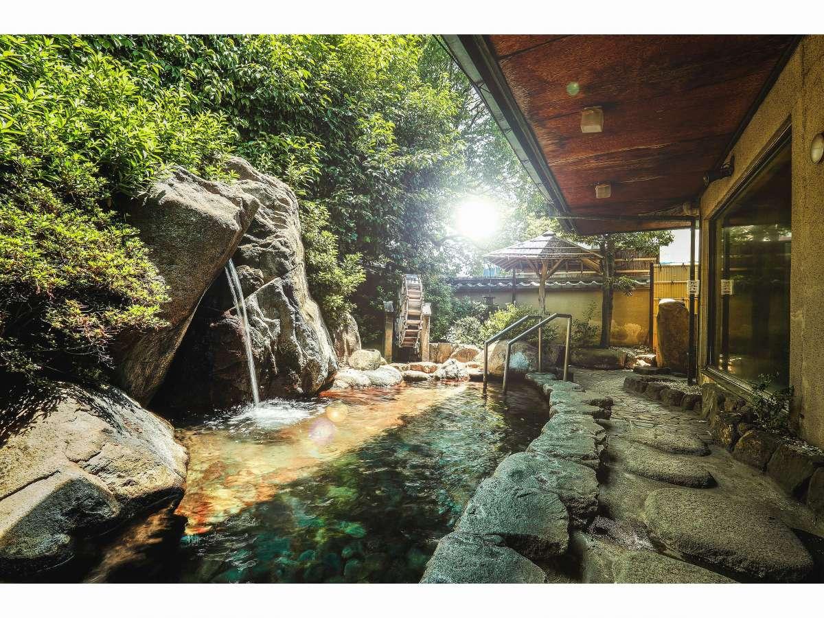 【露天風呂】1300年の古都・奈良の空気に染まる庭園露天風呂