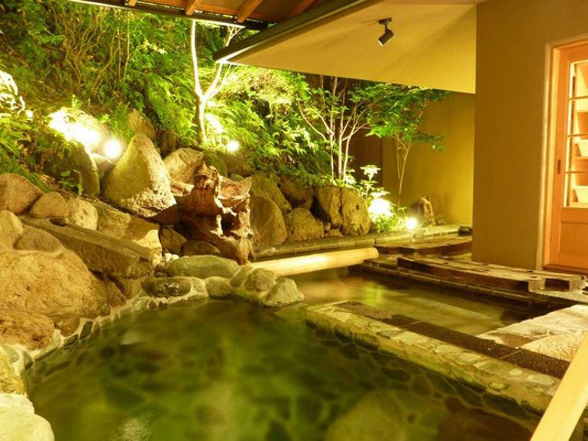 ☆宿泊者が無料で利用できる100%源泉を使用した貸切露天風呂*風呂口コミ4.8 4月時点