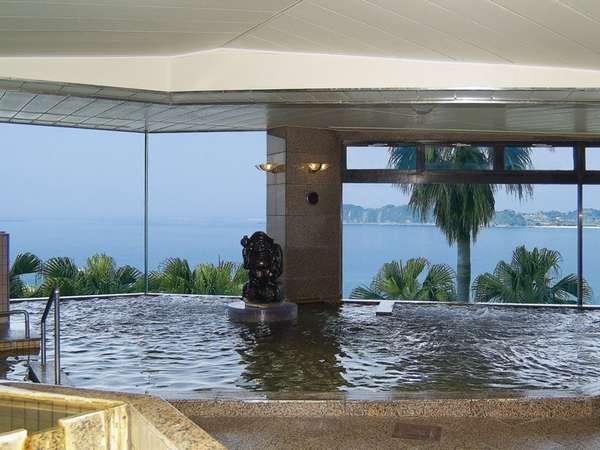 志布志湾を一望できるタラサの湯【大浴場】