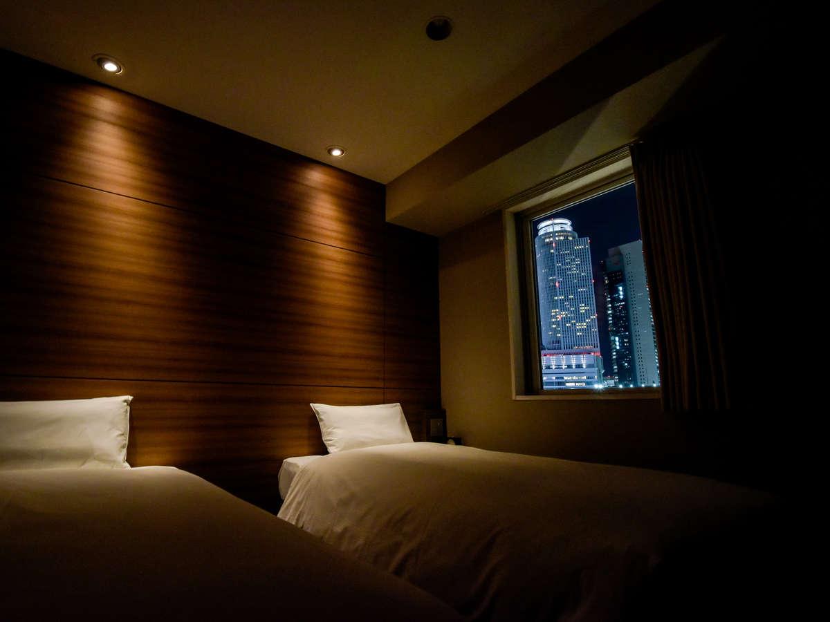 コンパクトサイズのエコノミーツイン 14㎡(夜景) ベッド幅100cm