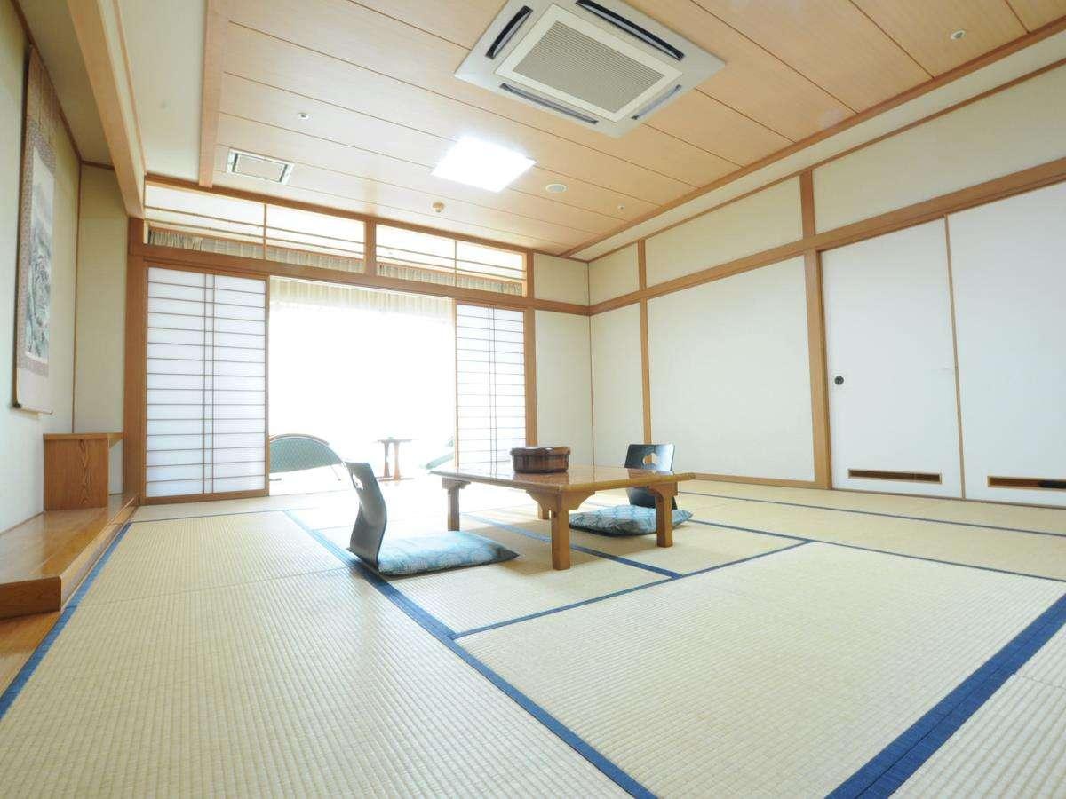 ◆【和室15畳】広々とした和室15畳のお部屋でのんびりとお過ごしください。