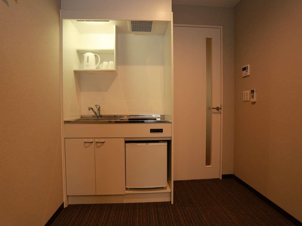 ■すべてのお部屋にキッチン完備 ※食器類はフロント前からお取りください(先着順)