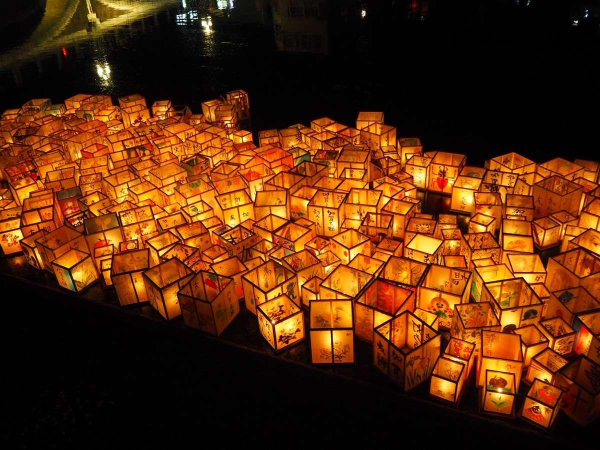 金沢百万石まつりで行われる灯篭流し