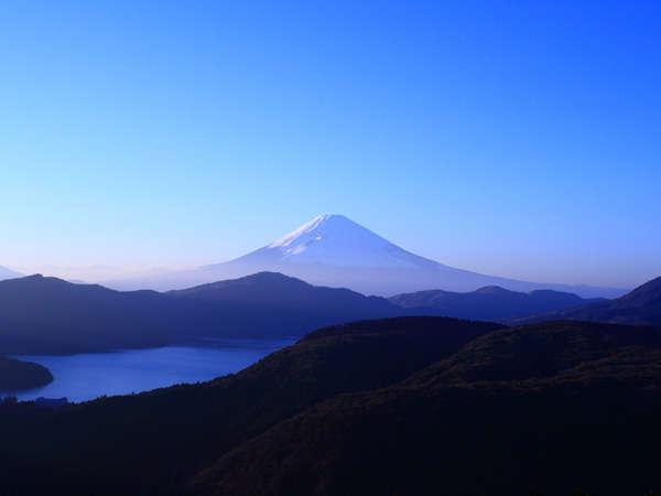 ■富士山鑑賞も旅の思い出にいかがでしょうか。近くに鑑賞スポットが多数ございます