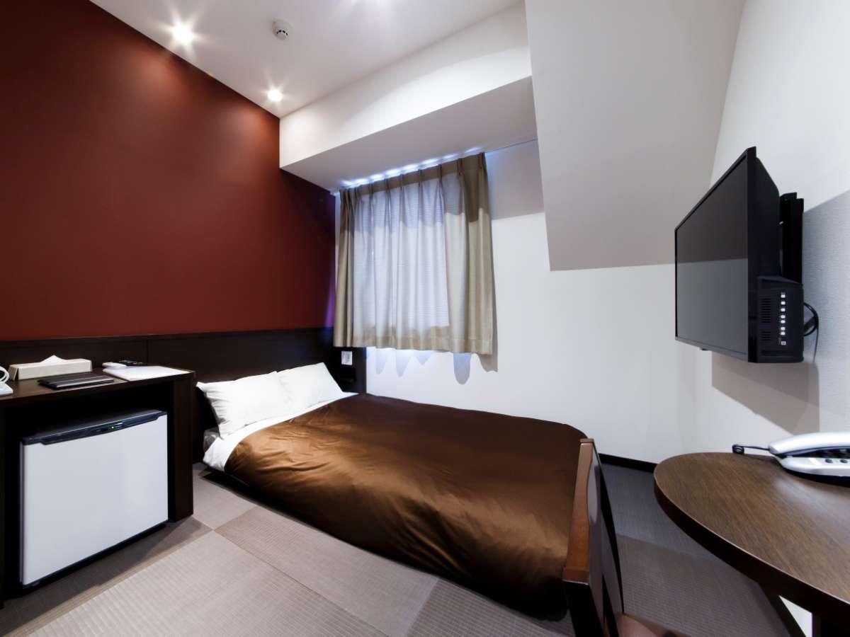 ◇ジャパニーズスタンダードルーム◇140cm幅のベッド1台のお部屋。広さは10㎡で畳仕様のお部屋です。