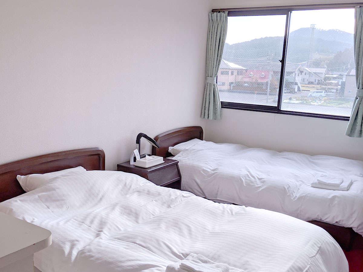【客室一例】ツインルーム 1名様からでもご宿泊できます。