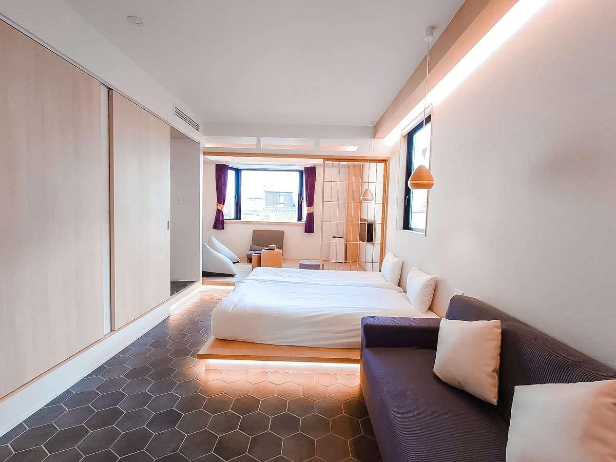 6部屋限定.ホテルイマジン京都の標準の部屋。でも36㎡もあるので大きめ。これは入り口からの見た目。