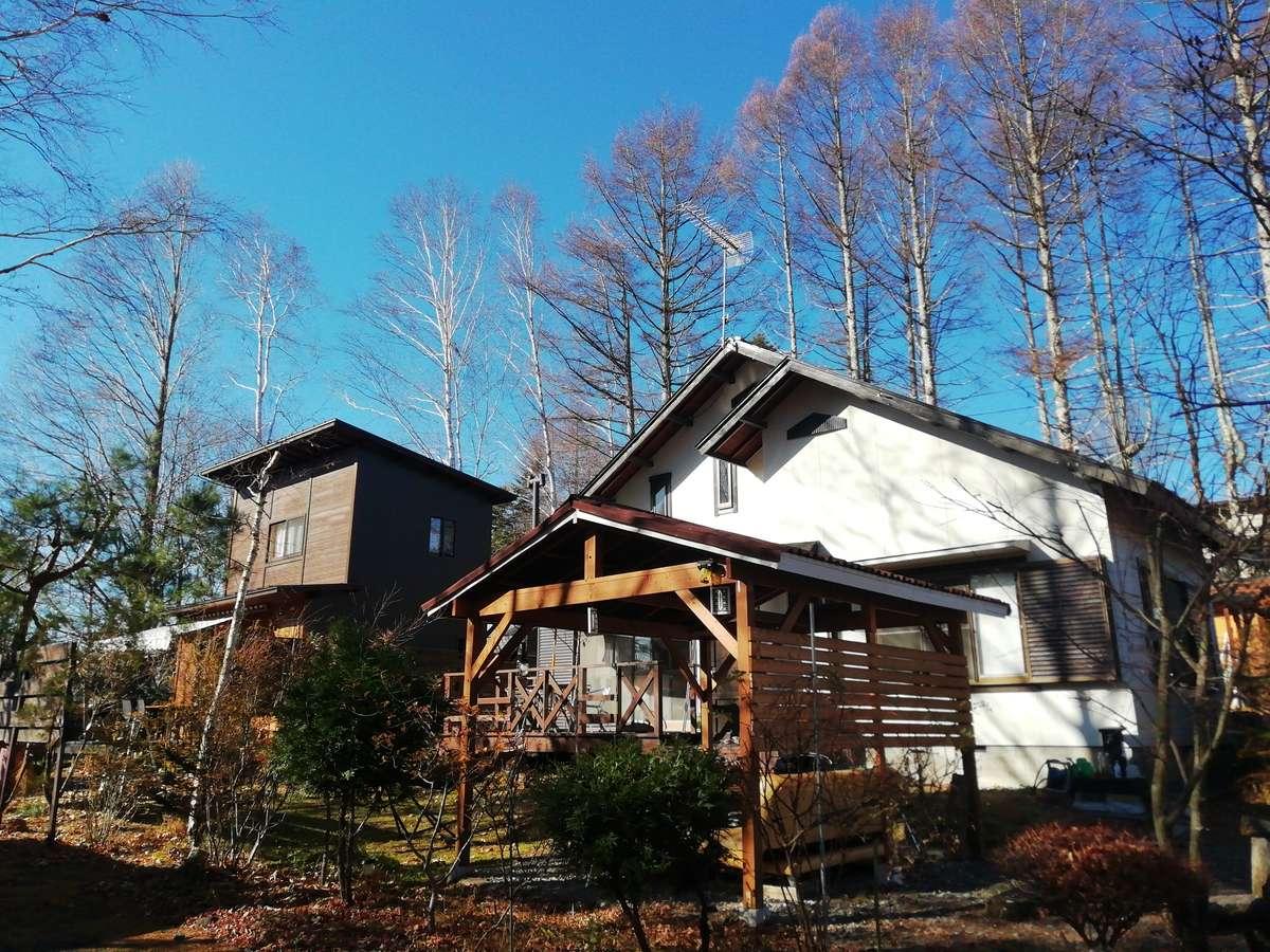 畳の有る平屋建て白樺棟と木の香りがする2階建て山ぼうし棟